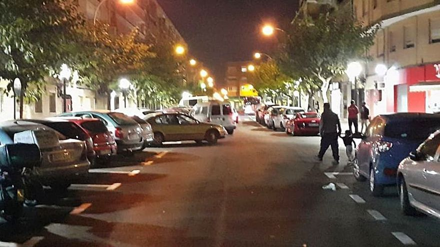 El Ayuntamiento renueva la iluminación de cinco barrios