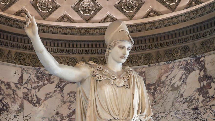 El Louvre presenta la Atenea de Velletri tras su restauración