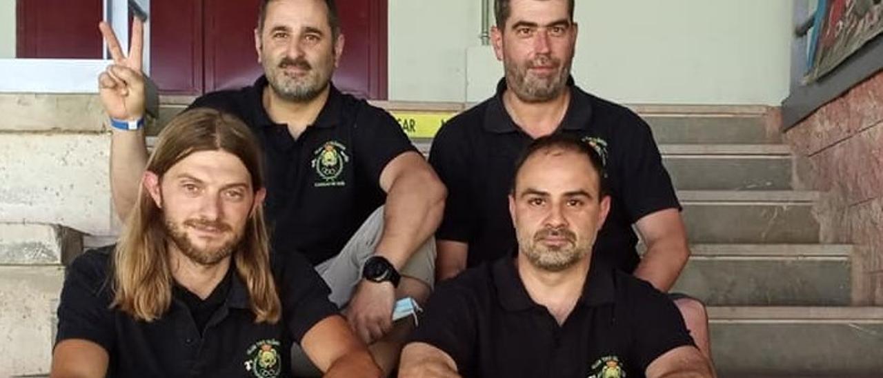 Arriba, de izquierda a derecha, Florentino Cardin y Javier Remis;  delante, Cristian Alonso y Eduardo José López.