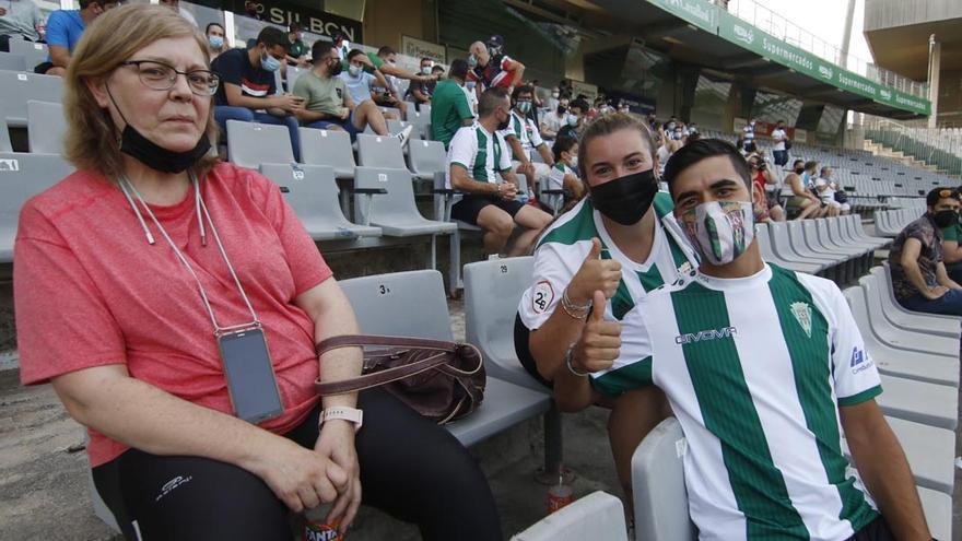 El estreno del Córdoba CF ante el Linares, con el cupo cubierto
