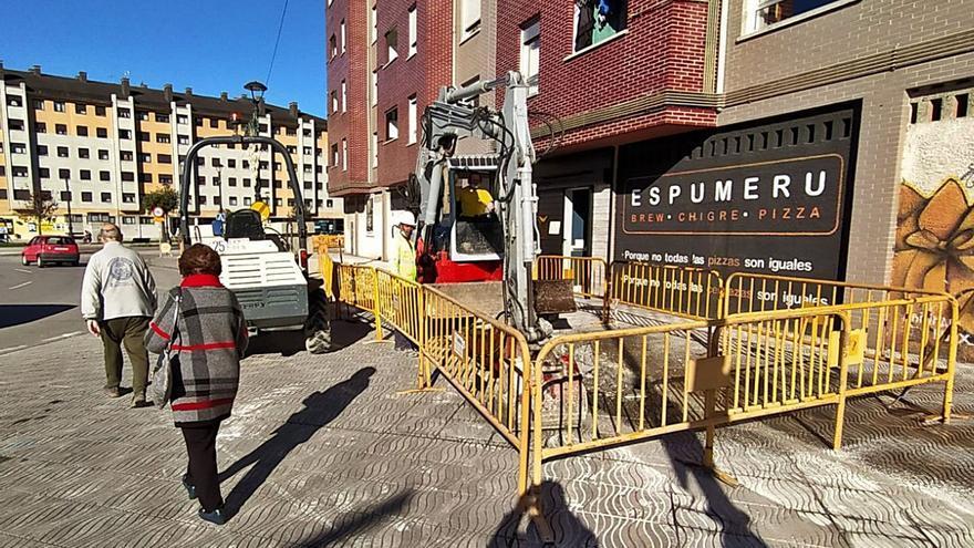 Las obras para extender la red de geotermia avanzan en La Felguera