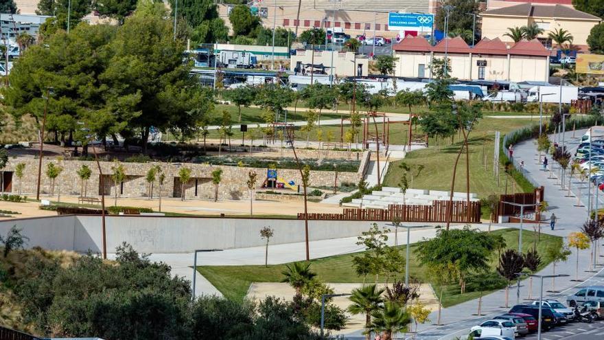 Benidorm retoma las actividades infantiles con el 'Teatre d'Estiu' en el Parque de Foietes
