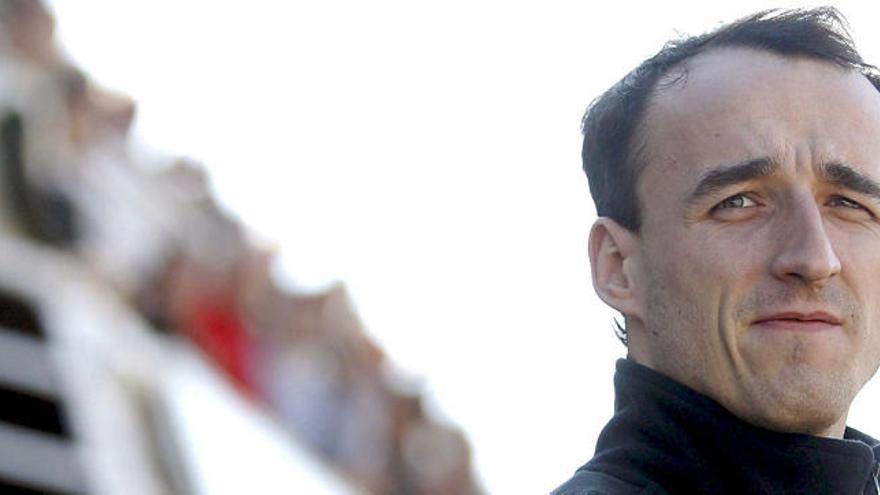 """Un campeón del mundo llama """"discapacitado"""" a Kubica"""