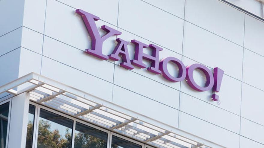 Roban datos de mil millones de cuentas de Yahoo