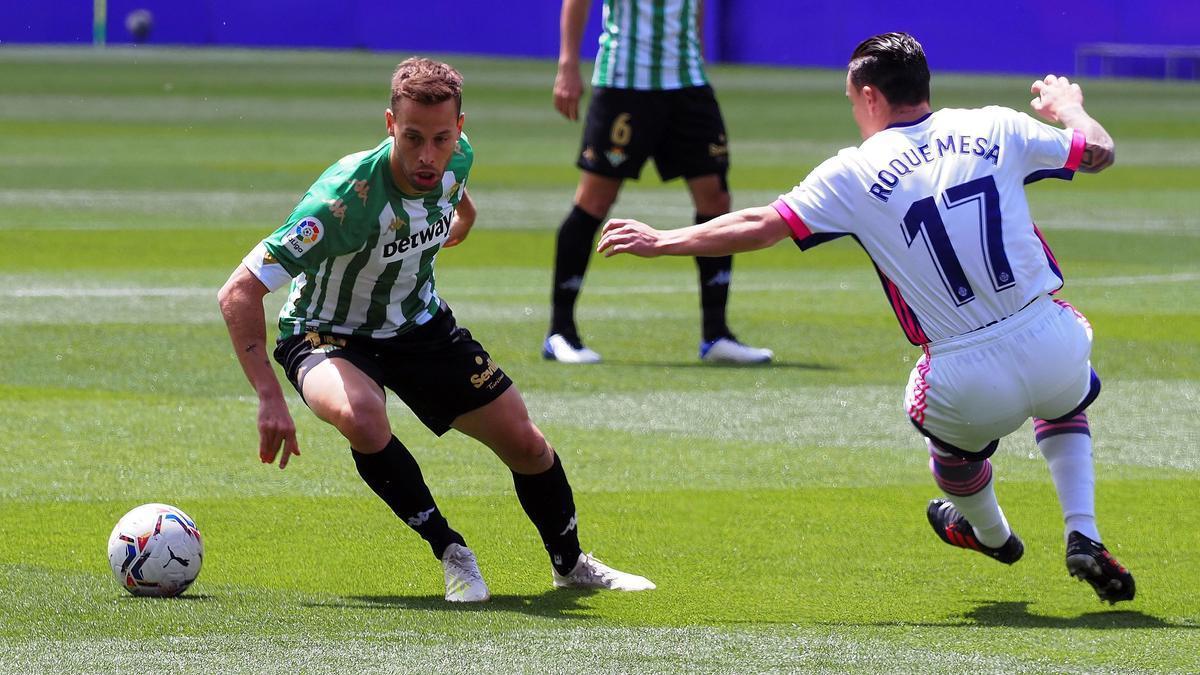 Un momento del choque entre el Valladolid y el Betis