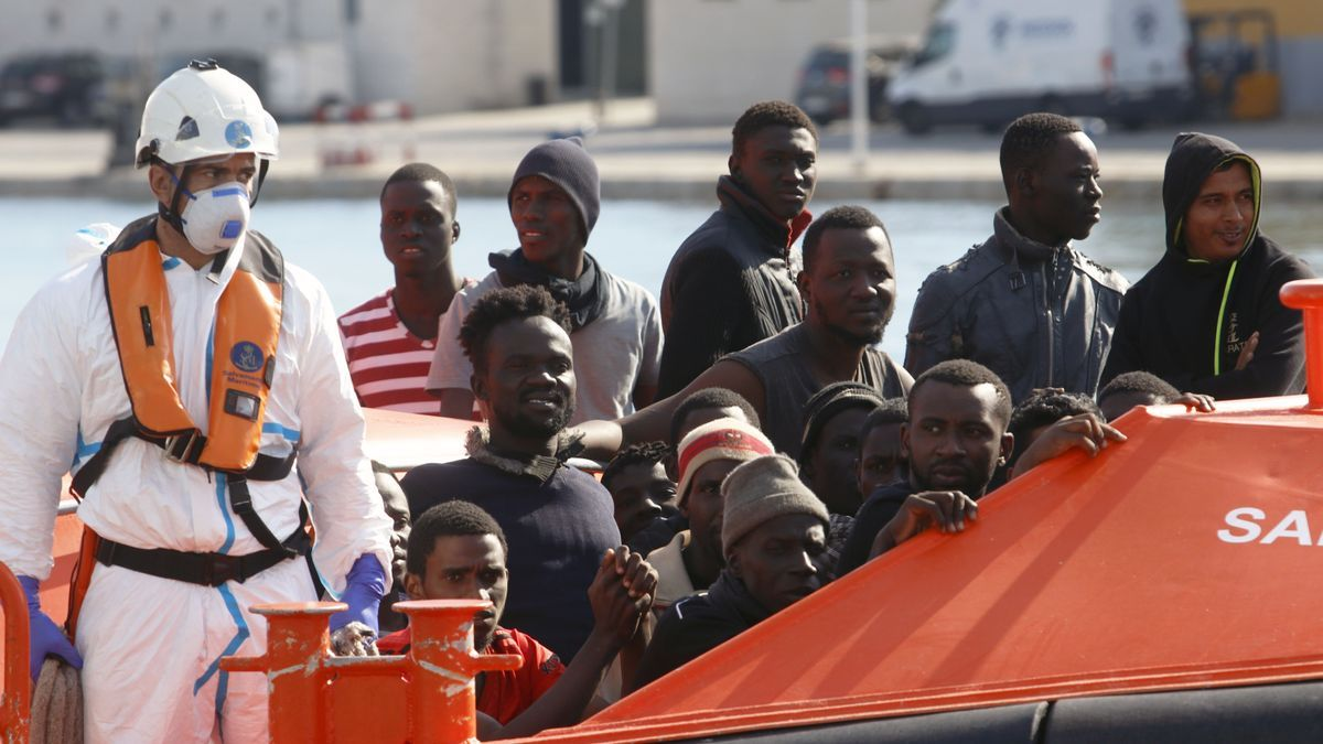 Inmigrantes llegan a Málaga.