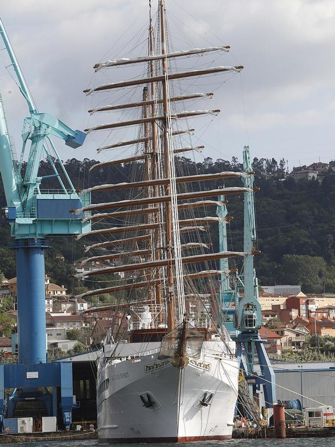 """El """"Sea Clod Spirit"""", amarrado en el muelle de armamento de MetalShips en Ríos (Teis). (3).jpg"""
