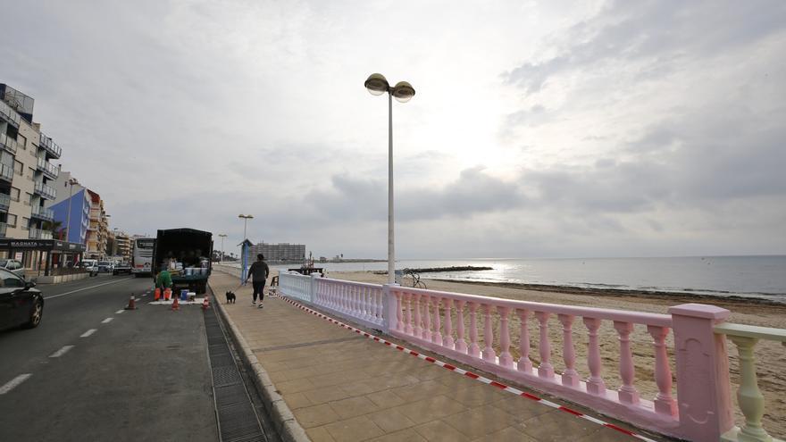 ¿Balaustradas arcoiris para la playa de Los Locos de Torrevieja?