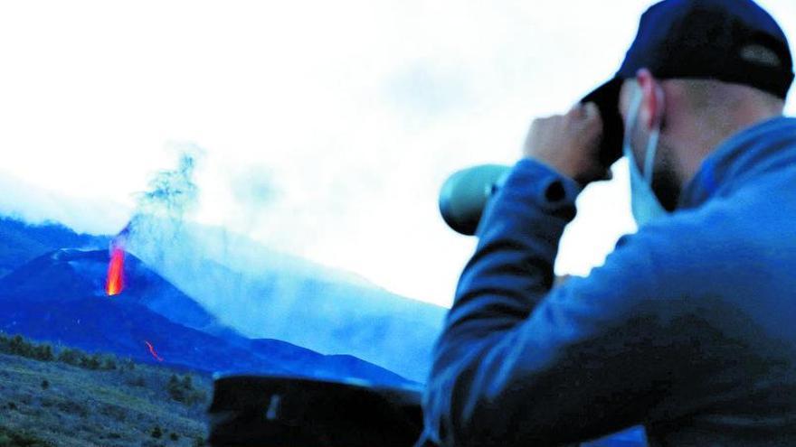 Descolgar el espejo que tiembla por la erupción del volcán de La Palma
