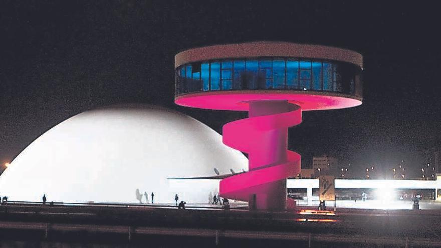 """La oposición, contra la subida de sueldo del director del Niemeyer: """"Es impresentable"""""""