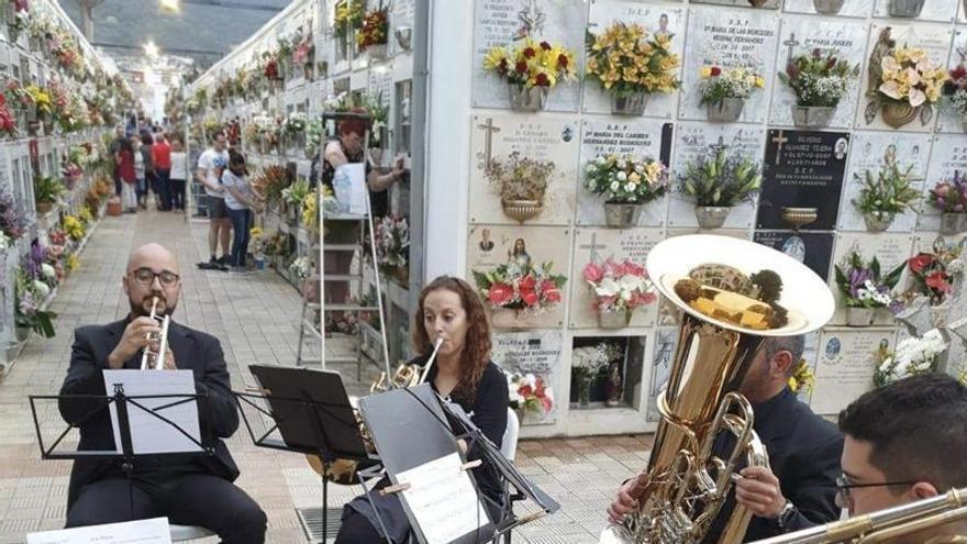 Los Realejos vuelve a organizar conciertos en sus tres cementerios