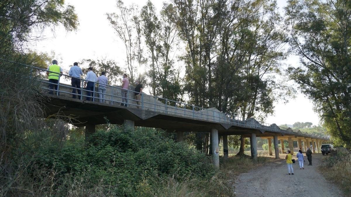Visitas a las obras en el  río Pereilas