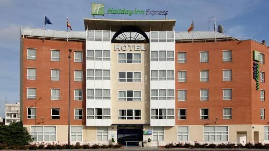 El Holiday Inn Express De Valencia Cambia De Manos Levante Emv