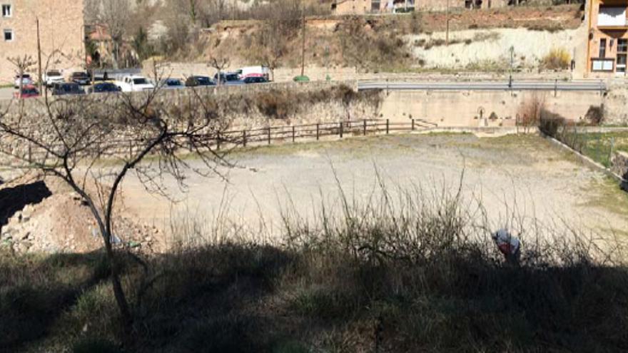 La Pobla de Lillet vol convertir l'entorn de l'antic escorxador en un petit parc fluvial