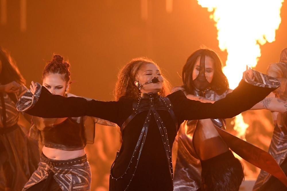 Actuación de Janet Jackson. LLUIS GENE / AFP)