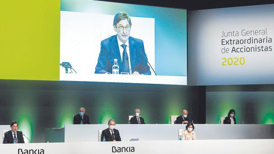 Bankia destaca las beneficios de la fusión con CaixaBank para sus accionistas