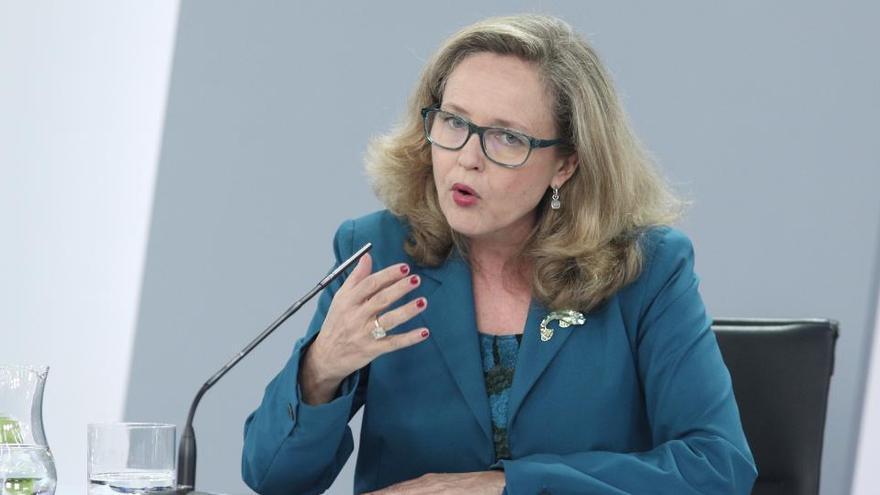 La ministra Calviño evita aclarar si se congelará el sueldo de los funcionarios