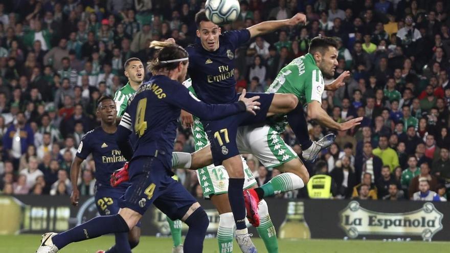El cordobés Pedraza vuelve a jugar con el Betis en la victoria ante el Real Madrid