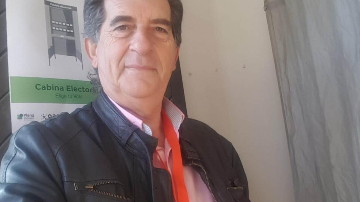 Juan Caballero, concejal de Alcuéscar, y un grupo de afiliados abandonan Ciudadanos