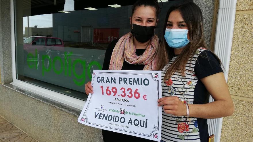Un bar del centro de transportes de Benavente selló el boleto ganador del Gordo de la Primitiva
