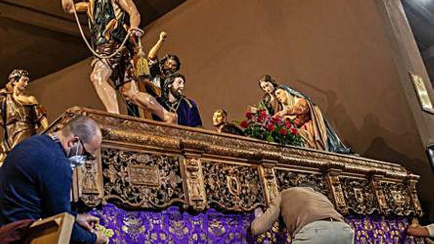 """Jesús Nazareno de Zamora """"viste"""" los pasos de procesión"""