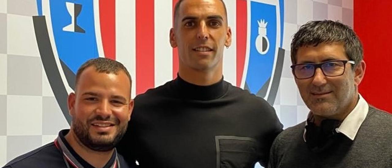 Cristovinho, Alberto y Mauro Pérez.