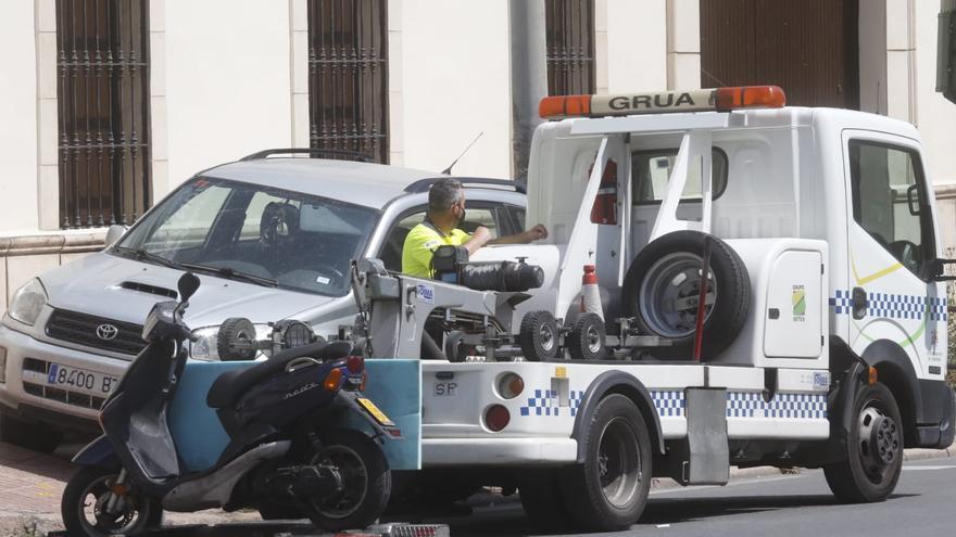 Una mujer, de 28 años, herida en Córdoba tras el choque entre una moto y un coche en Ollerías