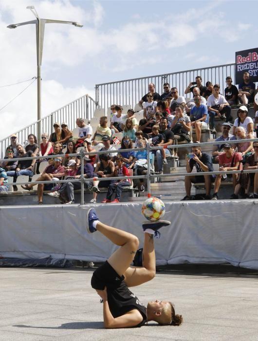 El gran festival de deporte y cultura urbana genera expectación máxima entre los vigueses y los visitantes. // Alba Villar