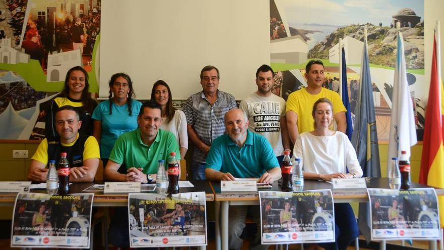 El pabellón de Rodeira acoge el sábado la cuarta edición del Campeonato Escolar de Remo Indoor
