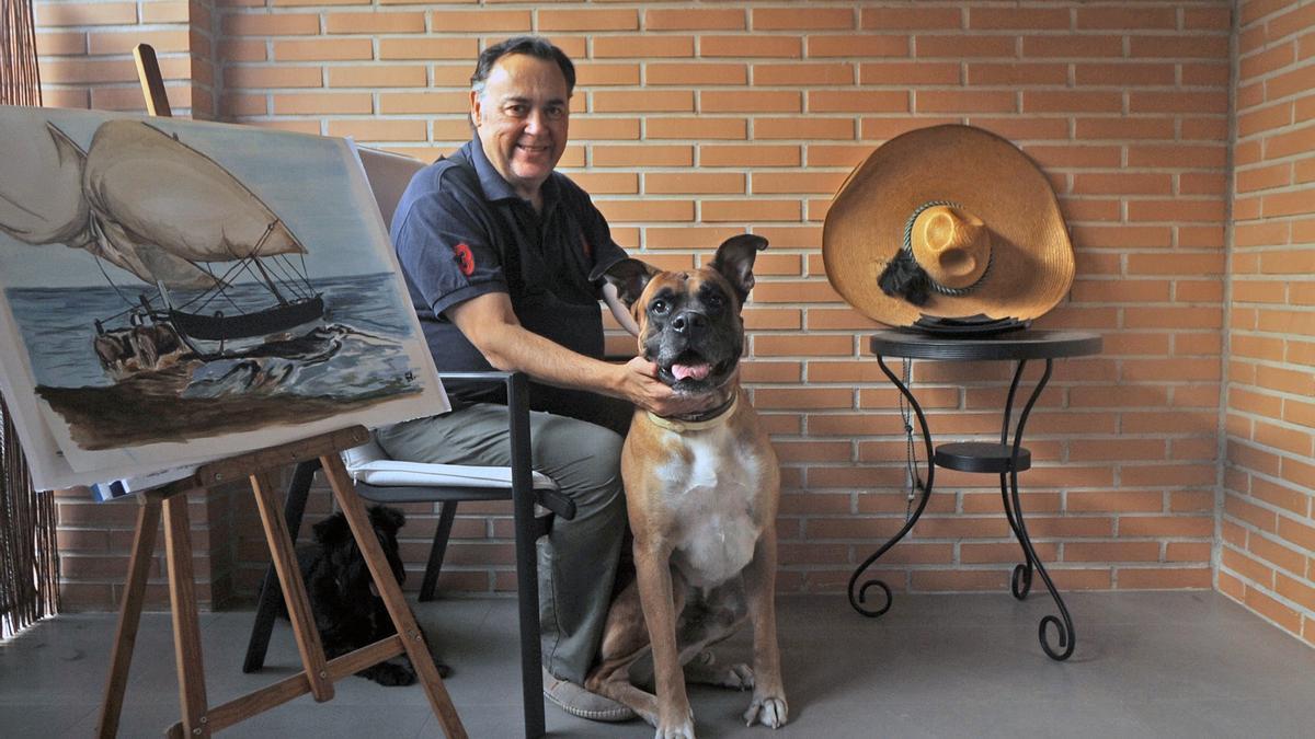El comunicador, fotografiado junto a su querido perro Daddy.
