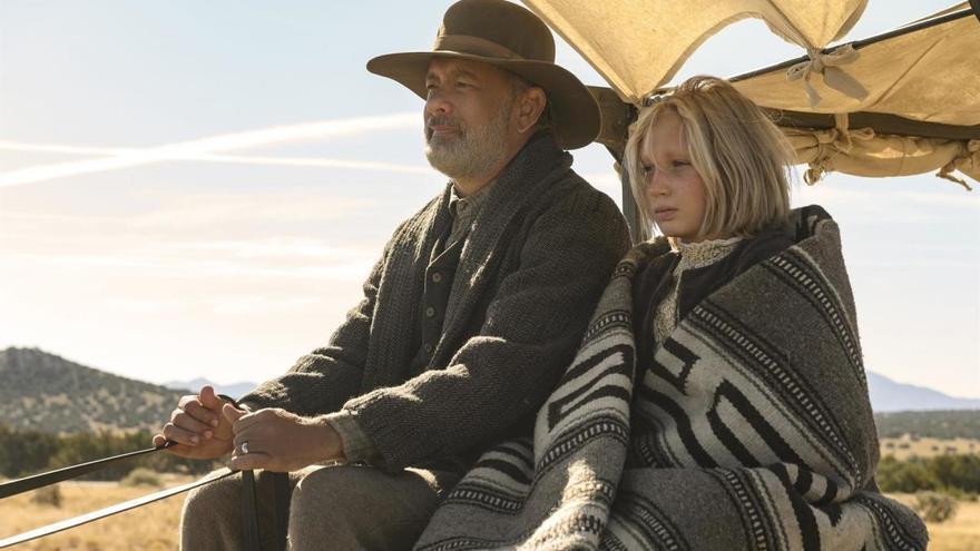 Tom Hanks, un héroe del salvaje Oeste en el tráiler de 'Noticias del gran mundo'