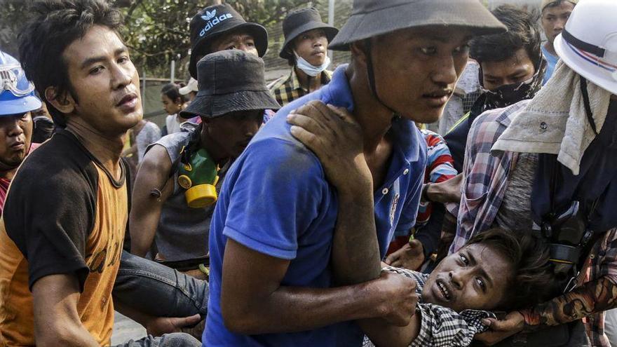 Almenys 38 morts a les mobilitzacions contra el cop d'Estat a Birmània
