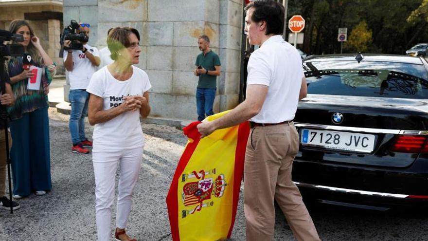 """""""No se merece esto"""": así se despiden de Franco en el Valle de los Caídos"""