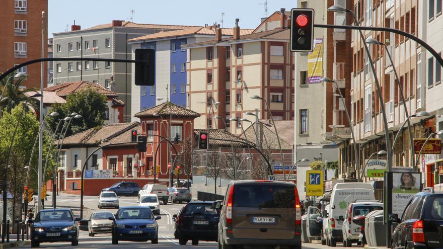 Un tercer carril en la avenida de Castilla rebajará el tráfico en la de la Costa