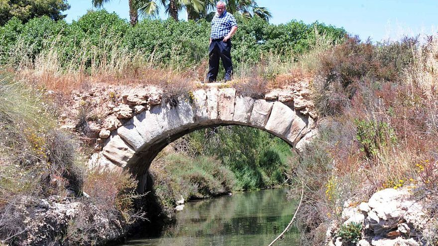 Torrevieja invertirá 104.000 € en rehabilitar su puente de sillería de 1482
