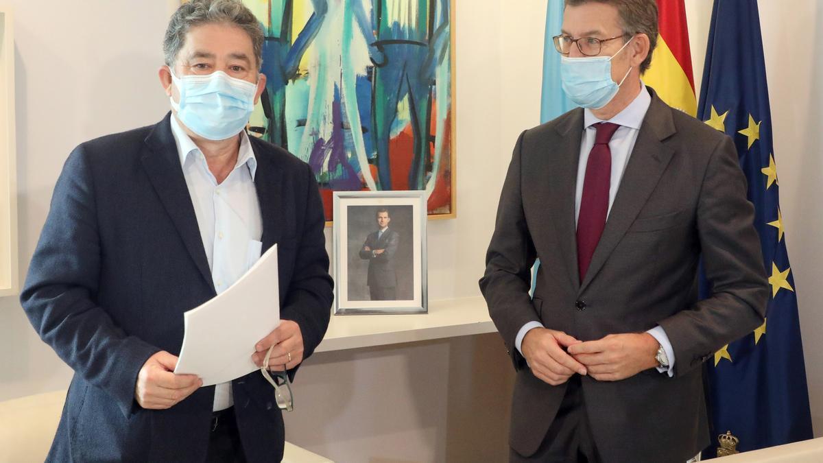Lores con Feijóo, en el despacho del presidente de la Xunta