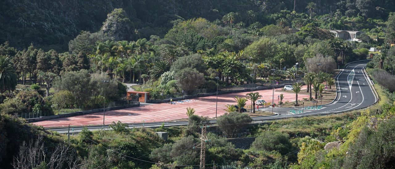 Panorámica del nuevo aparcamiento del Jardín Canario, a la altura del Dragonal