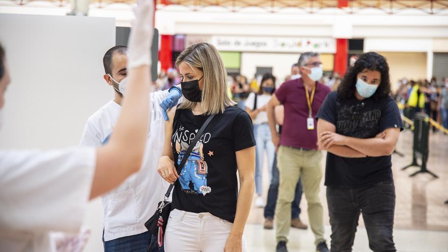 Vacunación en Murcia | La autocita para vacunarse contra la covid también llega a Mazarrón