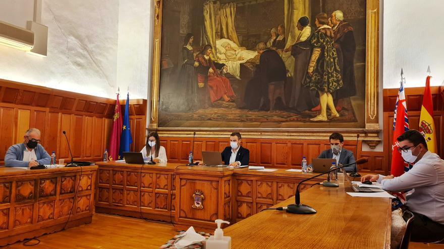 El Ayuntamiento de Caravaca reclama en una moción conjunta incentivos fiscales para el Año Jubilar 2024