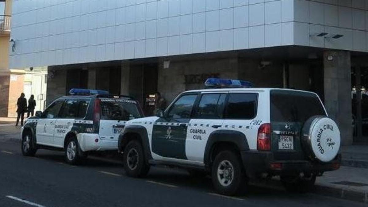 La Guardia Civil desmonta una estafa con una oferta de empleo como socorrista