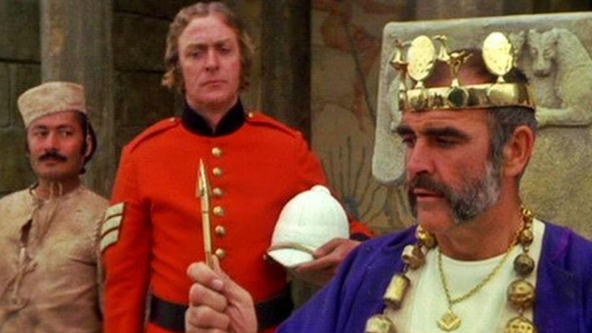 Michael Caine y Sean Connery, los protagonistas de esta aventura llevada al cine.