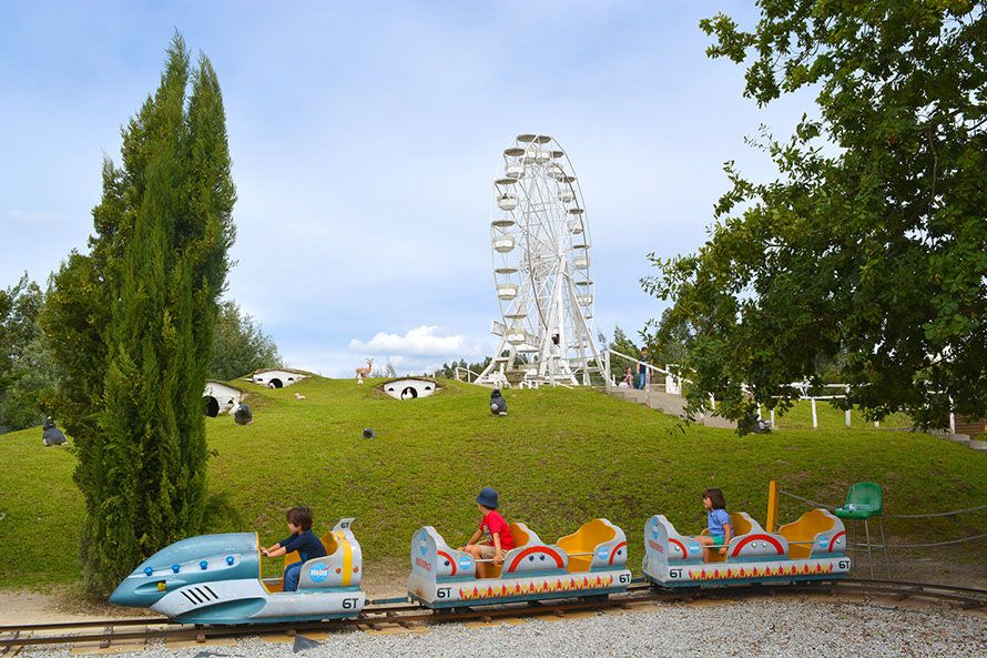 Viaje por el parque de atracciones más próximo a Galicia