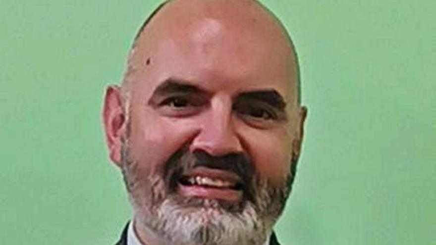 """Miguel García Menéndez, experto en ciberseguridad: """"No queremos dar a Sanidad datos que ya tiene Facebook"""""""