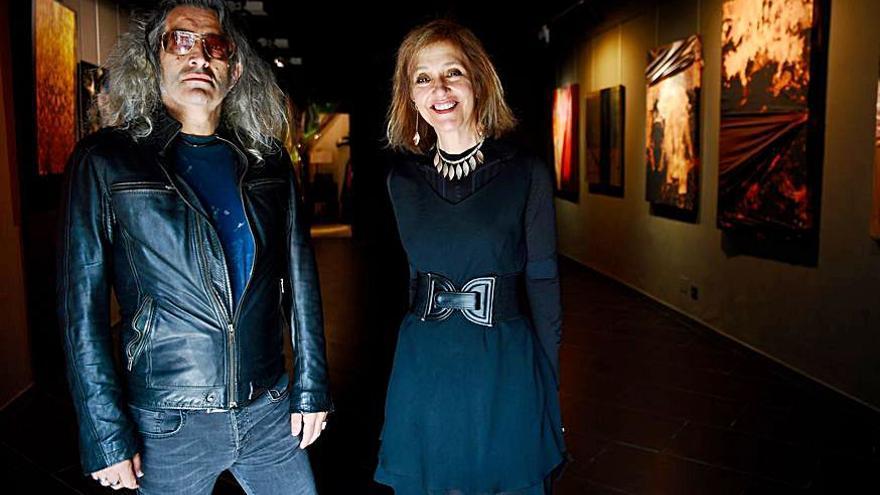 Inauguración en la galería Black Box de la exposición 'Polimorfia de aristócratas mendigos', de Jesús Sú
