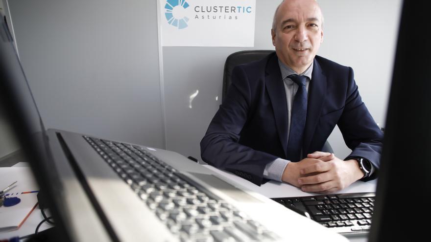 """Enrique Jáimez, director del clúster TIC: """"Las industrias más digitalizadas soportaron mejor esta crisis"""""""