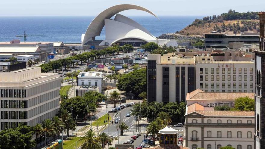 Tenerife pateix una apagada en tota l'illa
