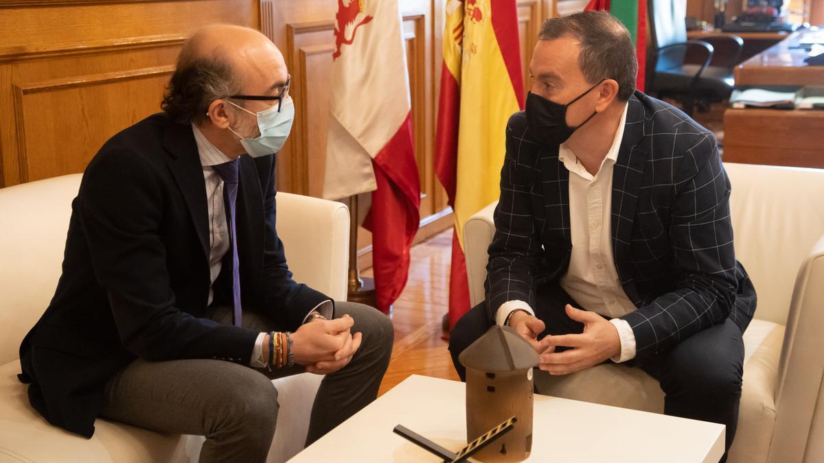 Javier Ortega y Francisco José Requejo