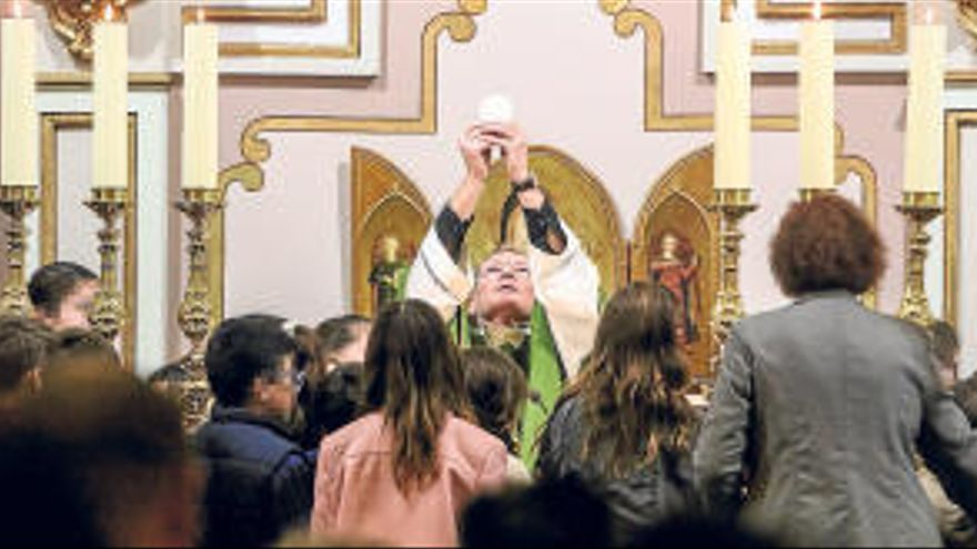 El cura de Alfàs del Pi se confiesa en el Obispado
