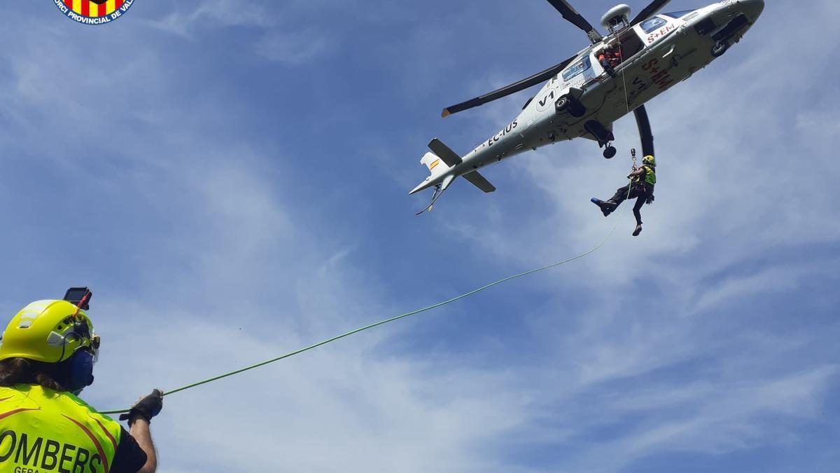 Rescate en helicóptero de la senderista