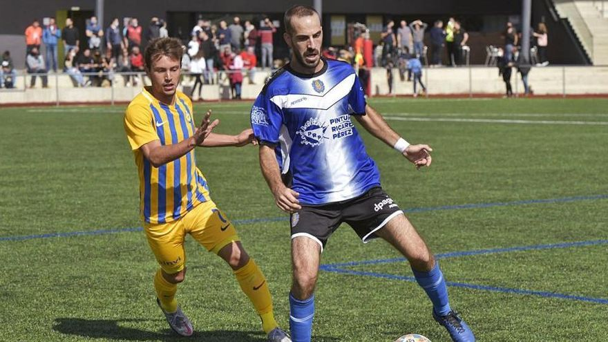 Els clubs de Primera Catalana es revolten i afirmen que no poden reprendre la lliga